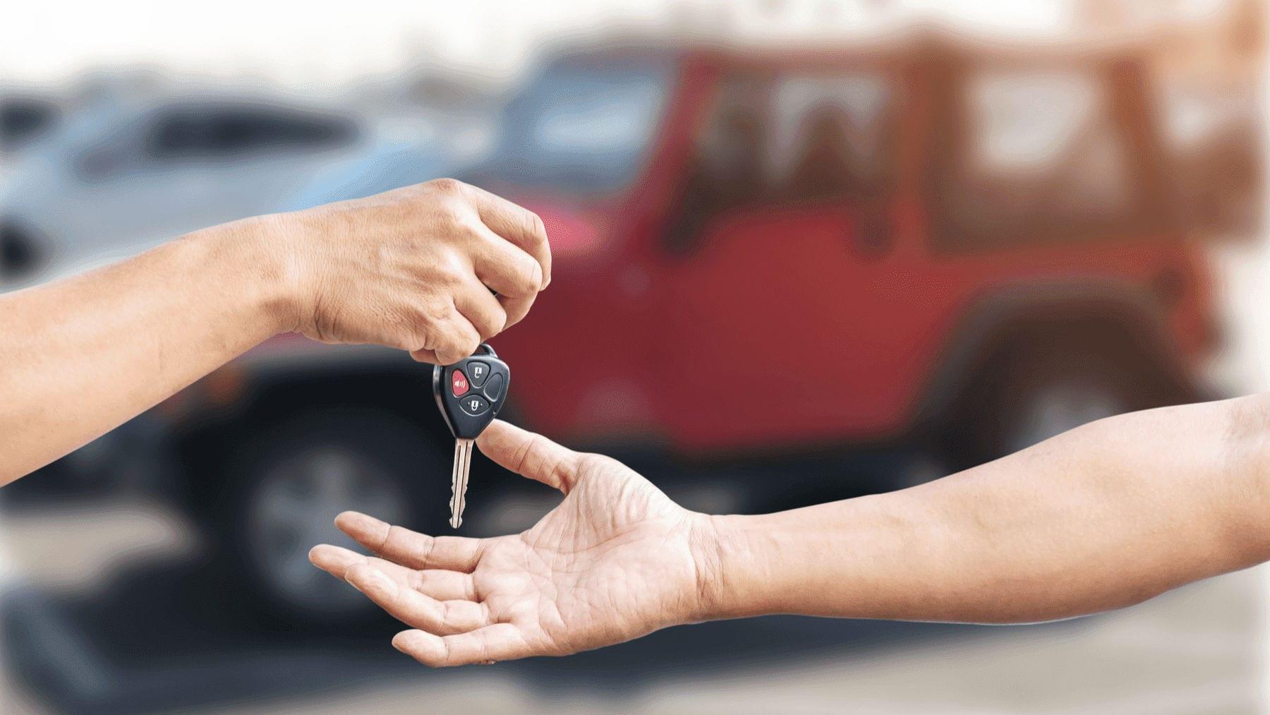 ¿Puedo vender mi auto que aún estoy pagando?